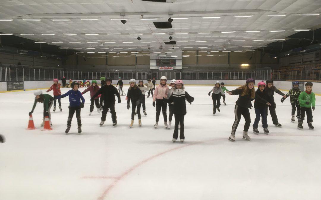 Full fart på isen!